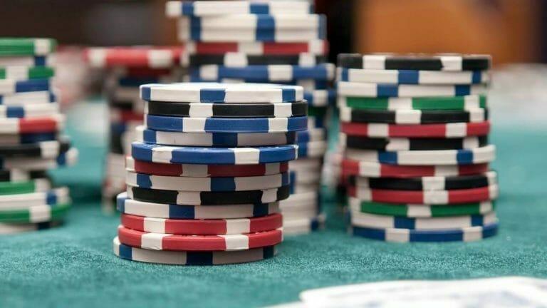 Les tournois de poker live font leur retour cet été !